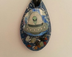 colar orgonite oval/Alien