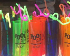 Copo long drink neon pool party