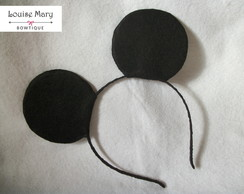 Orelha do Mickey forrada.