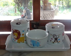 ,KIT HIGIENE POTES PORCELANA SAFARI
