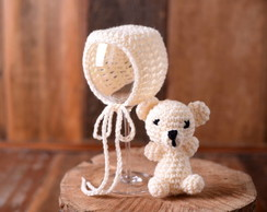 Mini amigurumi e touca bege