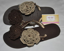 Havaianas Top Decorada Crochê