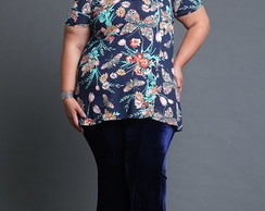 Blusa Estampada Plus Size com Renda
