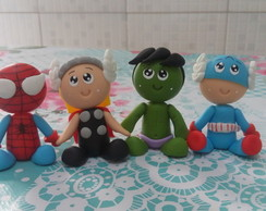 Vingadores mini personagens de Biscuit
