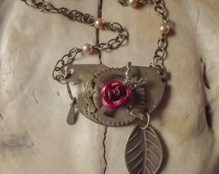 Colar Steampunk Rosa do Deserto I