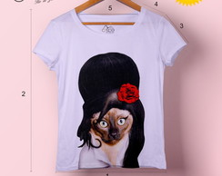 T-shirt feminina Cat Winehouse