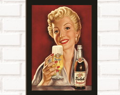 Poster com Moldura Beer Pin Up