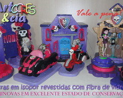 kit Monster High isopor e fibra seminova