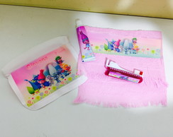 Kit dental com necessaire trolls