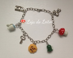 Pulseira Mundo Alice -Alice in Wondeland