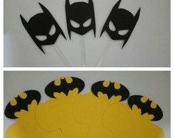 50 forminhas + 20 toppers Batman