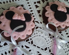 Pirulito de chocolate Minnie rosa