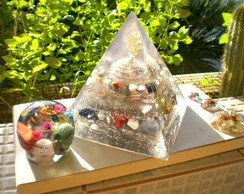 Orgonite Cristais Super Piramide Sol Lua