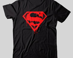 Camiseta Superman Sangrando
