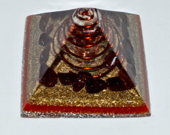Orgonite Piramide Amor intenso M Granada
