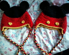Gorro de croche do Mickey