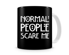 Caneca Normal people Scare Me.