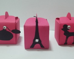 Forminha Decorada Barbie Paris Pink