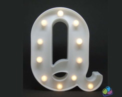 Letra Q Luminosa Led 3d A Pilha