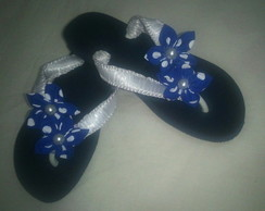CHINELO DECORADO COM FITA