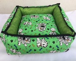 Cama green dog