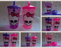Copo Shake com Canudo de 500ml Monster High