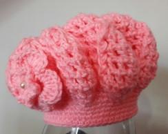 ... Boina feminina em crochê com flor 792a183958c