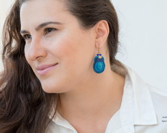Brinco Mar Azul de Soutache e Cristais