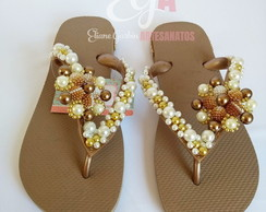 Chinelo Havaiana Customizado Flor Lateral Pérola Strass
