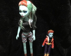 Kit com 2 Bonecas Monster High