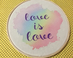 "Quadro ""love is love"" - 20cm"