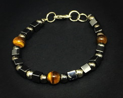 Silver Bracelet with Tiger Eyes