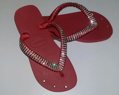 Chinelos havaianas customizadas com Strass