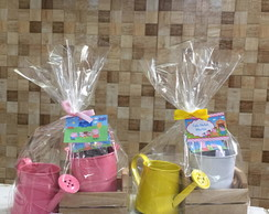 Kit jardinagem caixote com regador Peppa