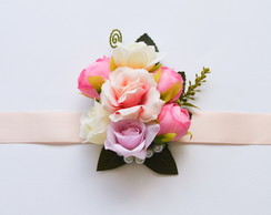 CORSAGE CANDY ROSES