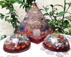 Kit Orgonite de Cristais Super Piramide e Dome Violeta