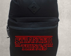 Mochila Escolar / Universitária Stranger Things