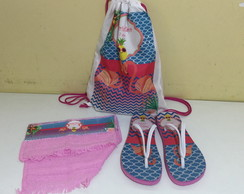 kit pool party mochila chinelo e toalha flamingo