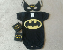 Kit máscara, braceletes e Body Batman