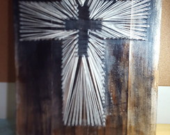 Quadro String Art Crucifixo