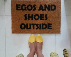 Egos and Shoes Outside (clássicos)