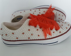 All Star customizado com pérolas e strass