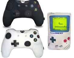 Kit Almofadas: Controles Xbox One Preto e Branco + Game Boy