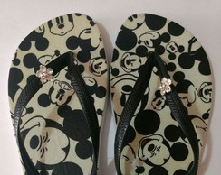 Chinelo Mickey Mouse com Pingente
