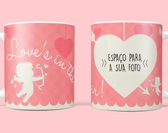 "Caneca Personalizada ""Love's in the Air"""