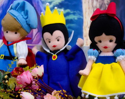 Kit com 3 Personagens Branca de Neve