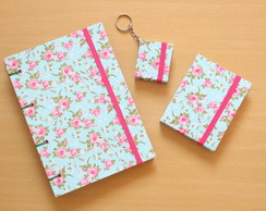 Kit Caderno G + Bloco de Notas + Chaveiro Post it 'Floral'