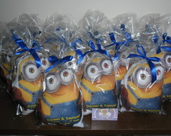 Almofada Personalizada Minions no Formato do personagem