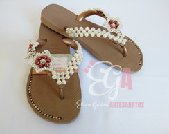 Chinelo Havaianas Customizado Dupla Flor Lateral e Strass