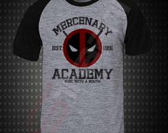 Camiseta Raglan Deadpool